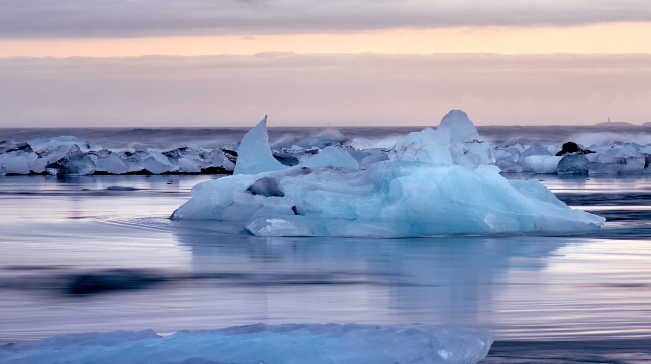 口座凍結・氷河